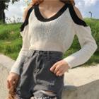 Long Sleeve Cutout Shoulder Knit Top