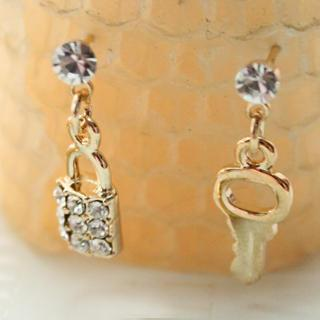 Golden Key & Lock Earrings Gold - One Size