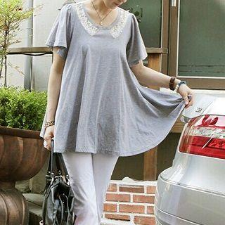 Short-sleeve Lace-panel Top Gray - One Size