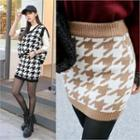 Houndstooth Knit Mini Skirt