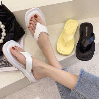 Wedge Heel Flip-flops