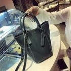 Set: Faux Leather Bucket Bag + Zip Pouch