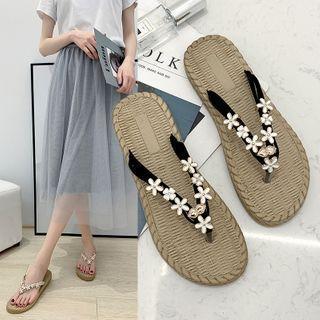 Embellished Flat Flip-flops