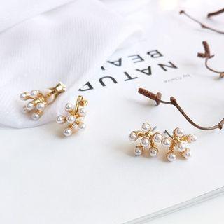 Faux-pearl Flower Stud Earring / Clip-on Earring