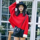 Contrast Cuff Loose-fit Knit Top