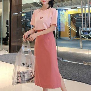 Flower Print Short-sleeve T-shirt / Midi Straight-fit Skirt / Set