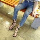 Loop Toe Cross Strap Sandals