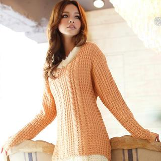 Dip-back Cable-knit Sweater