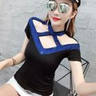 Color Cut Out Short-sleeve T-shirt