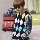 Color-block Striped-trim Qulited V-neck Knit Sweater