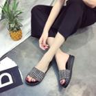 Platform Houndtooth Slide Sandals