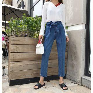 Bow Accent Cropped Jeans