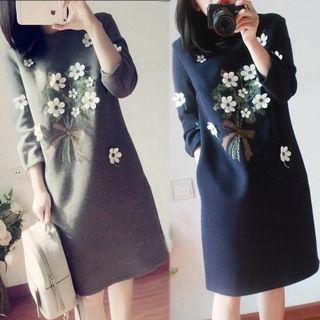 Flower Detail 3/4-sleeve A-line Dress
