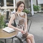 Sleeveless Patterned Sheath Dress With Belt