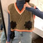 Flower Embroidered Knit Vest / Rib Knit Top
