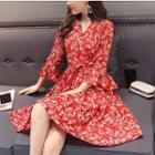 V-neck Floral 3/4-sleeve A-line Dress