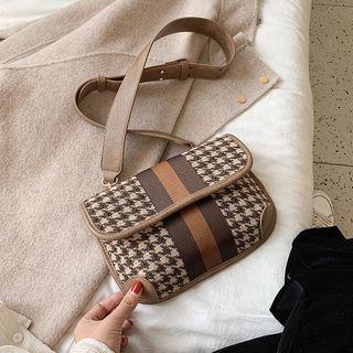Houndstooth Sling Bag