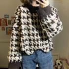 Crewneck Houndstooth Knit Top