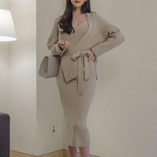 Set: Loose-fit Cardigan + Knit Dress