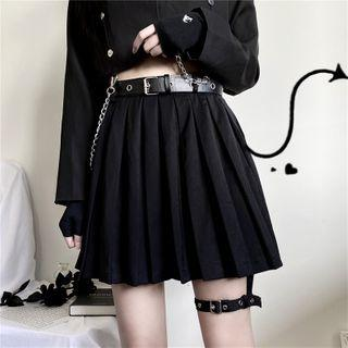 Pleated Skirt / Chained Belt