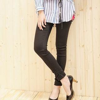 Studded Skinny Pants