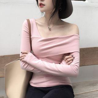 Long-sleeve Diagonal Neck Top