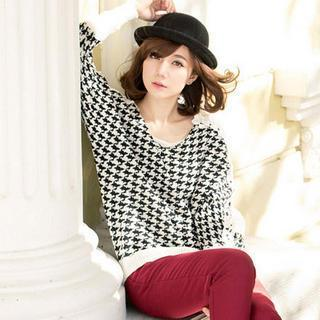 Crochet-panel Houndstooth Sweater