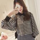 Diamond Pattern Balloon-sleeve Chiffon Shirt
