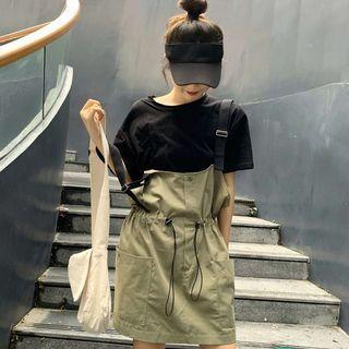 Crew-neck Short-sleeve T-shirt / Drawstring Suspender Skirt