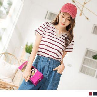 Notched Neck Short-sleeve Striped Top