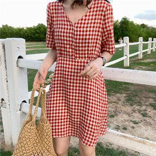 Short-sleeve Plaid Mini A-line Dress Red - One Size