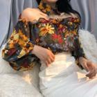Floral Print Off-shoulder Blouse / Pencil Skirt