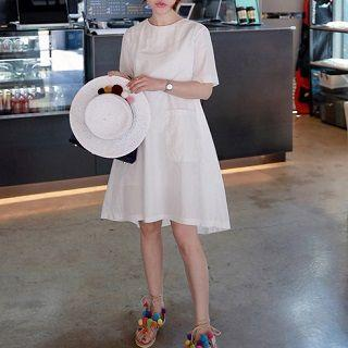 Short-sleeve A-line Dress White - One Size