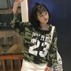Camo Lettering Cropped Hoodie