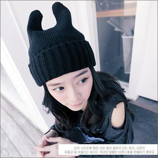 Ear-accent Knit Beanie Black - One Size