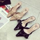 Bow Slide Pointy-toe Patent Pumps