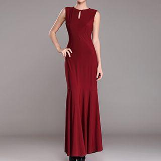 Sleeveless Oepn Back Sheath Evening Gown