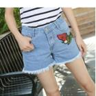 Strawberry Appliqu  Frayed Hem Denim Shorts