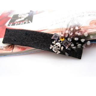 Feather Hair Pin -black One Size