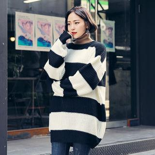 Round-neck Striped Long Knit Top