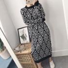 Long-sleeve Patterned Midi Shift Knit Dress