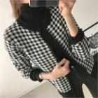 Round-neck Buttoned Check Cardigan