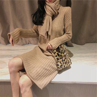 Set: Long-sleeve Knit Dress + Scarf