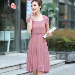 Short-sleeve Tie-waist Dress