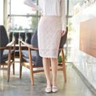 Band-waist Lace Pencil Skirt