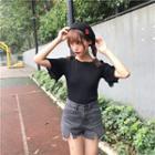 Short-sleeve Ruffle Knit Top