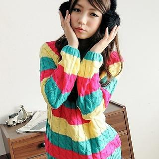 Color-block Cable-knit Sweater