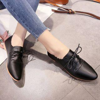 Scallop Trim Pointed Flats Flats