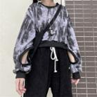 Printed Cut-out Cropped Pullover