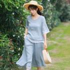 Set: Elbow-sleeve Linen Top + Capri Pants